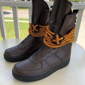 NEW Nike Air Force 1 Hi Boot Men's Sz 9.5